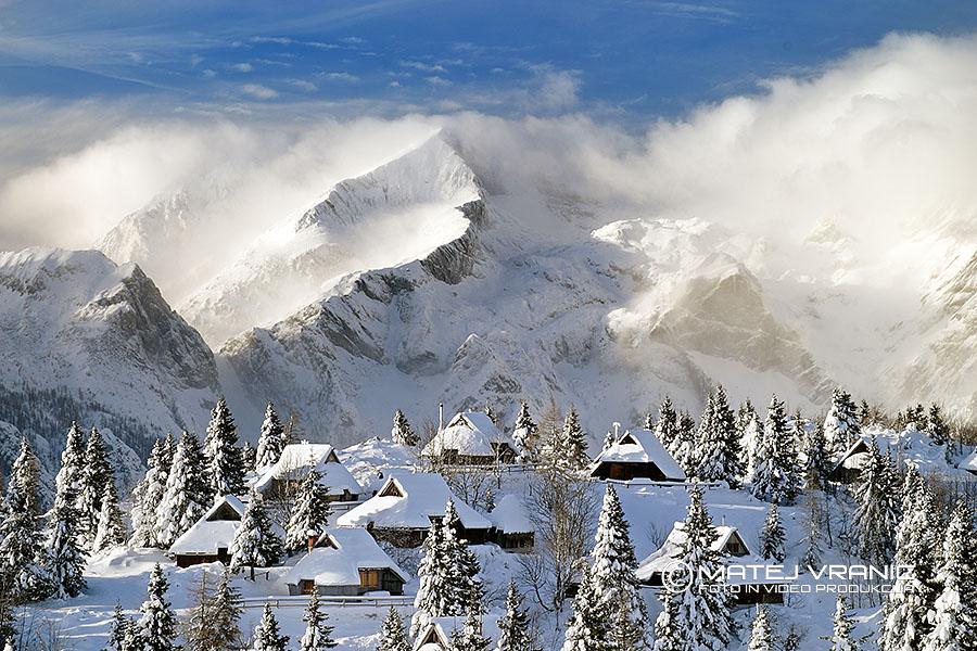 Velika planina in Gritovec v ozadju